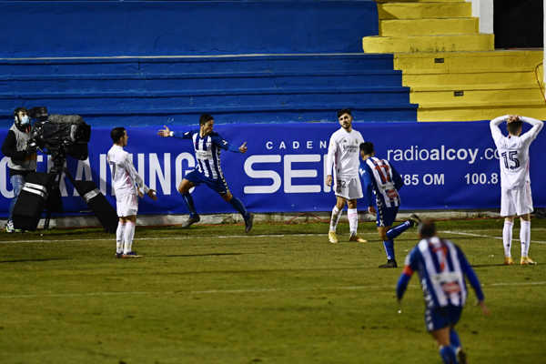 Real Madrid verzus Alcoyano.
